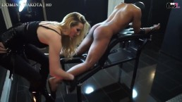 domina-dakota-porno